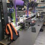 De werkplaats waar ik tot 12 reparaties tegelijk kan uitvoeren